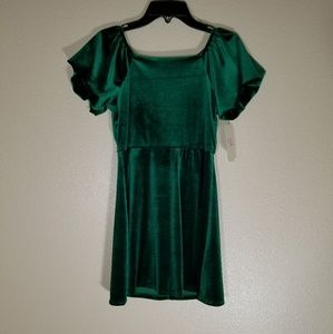 GB Girls Green Velvet Dress Size 7